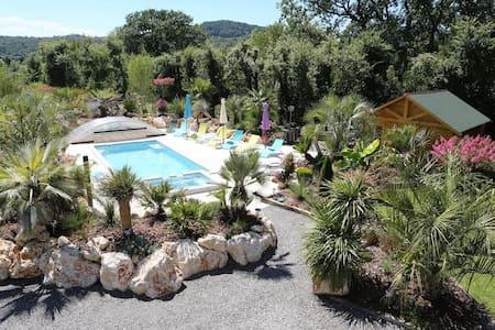 Villa Domaine l'Oasis de Boisset 5 étoiles - Boisset-et-Gaujac - Villa