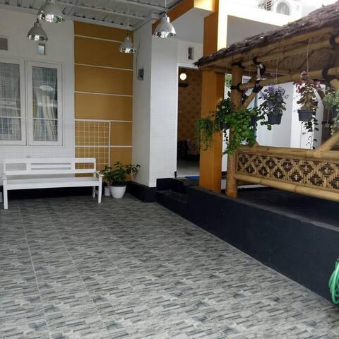 Villa Griya Alisha