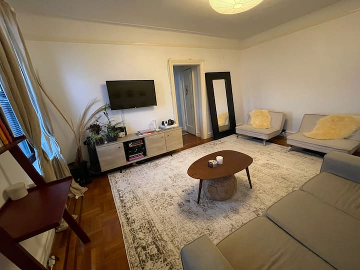 Spacious 1 bedroom near Prospect Park