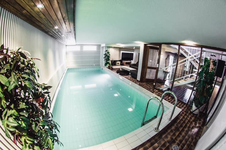 Luxury apartment with private pool, good location