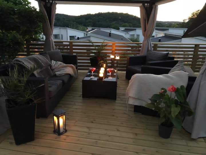 Modern 4BR villa , 10 min to Gothenburg City