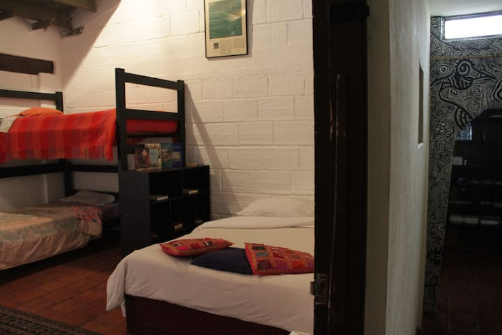 Single bed - mixed dorm (4 pax)
