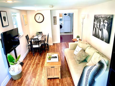 Central 1 BR suite in the heart of Cambie Village