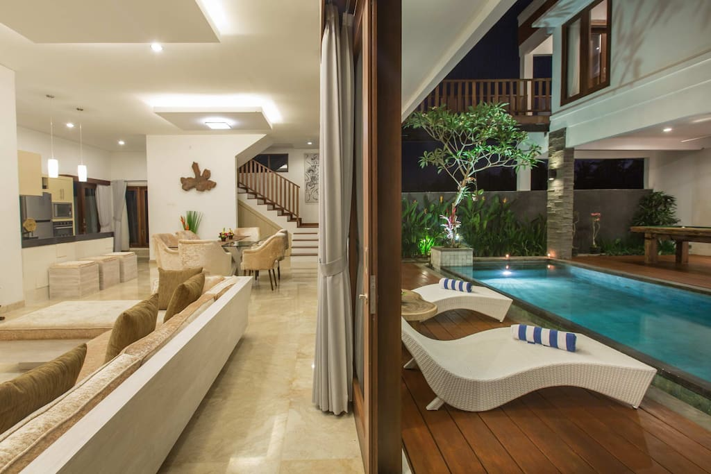 Living room and pool