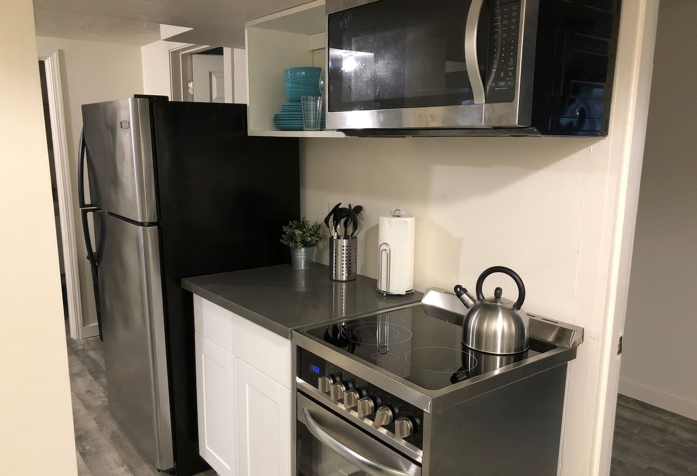 Modern 2BR SE Portland (Hawthorne/Division/FoPo) - Apartments for ...
