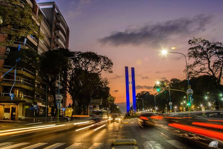Dpto Bicentenario, frente al monumento y al parque - San Miguel de Tucumán - Квартира