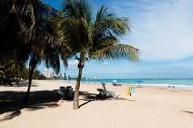 Isla Verde beach (2 min walk, 2 bocks)