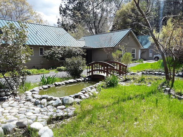 Clipper Gap Cottage. 15 minute drive to Auburn.