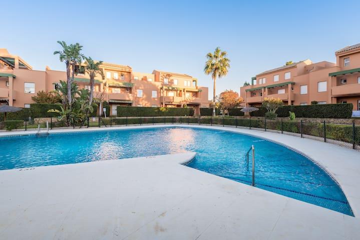 Quiet apartment in a complex