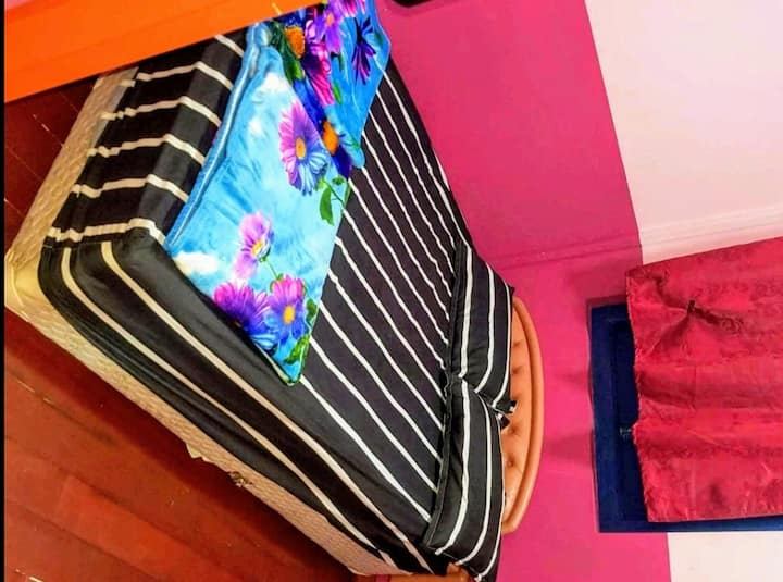 9 Cozy Rm,Little India District,Share Bath,Budget