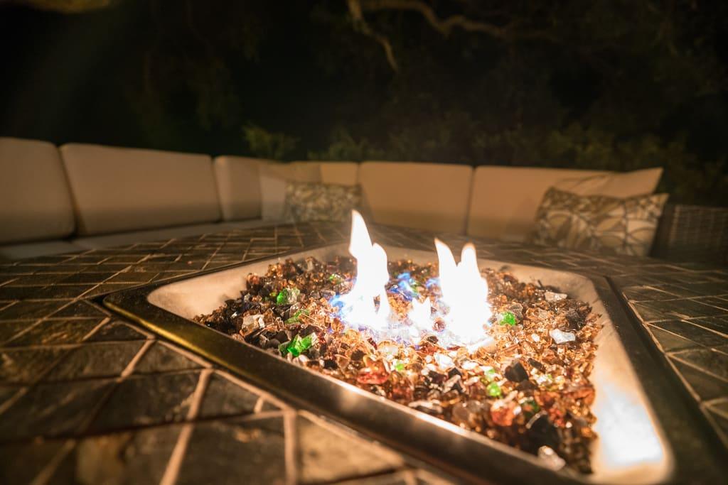 Cozy propane fire pit
