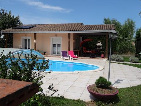 Maison avec piscine, proche Canal du Midi