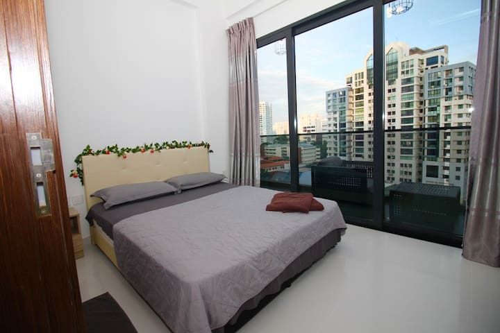City area 2 bed room apartment