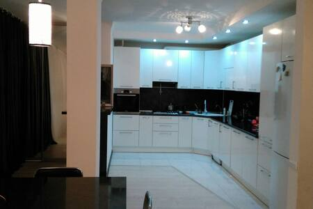 VIP- Апартаменты 120 м2 в Анапе