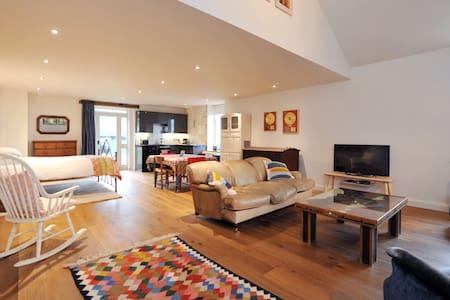 New! Crow's Nest, Gorgeous Apartment Nr Bath! (CN) - Corsham - Pis