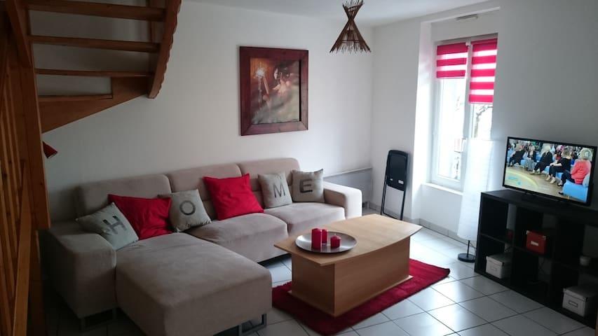T3 54m2 en Duplex en plein centre - La Bourboule