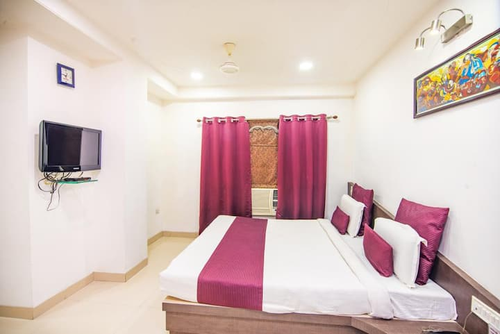 Hotel Morya Regency With Executive Room