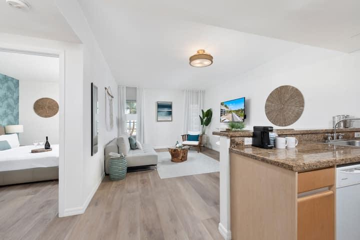 One Bedroom Ocean View Suite on Ocean Drive