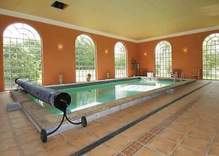 Spacious Broads Mulberry House w/Heated IndoorPool