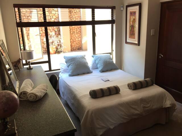 Bedroom 5-1
