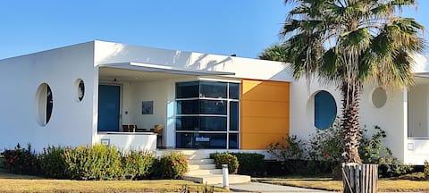 Villa en playa entre Cartagena y Barranquilla