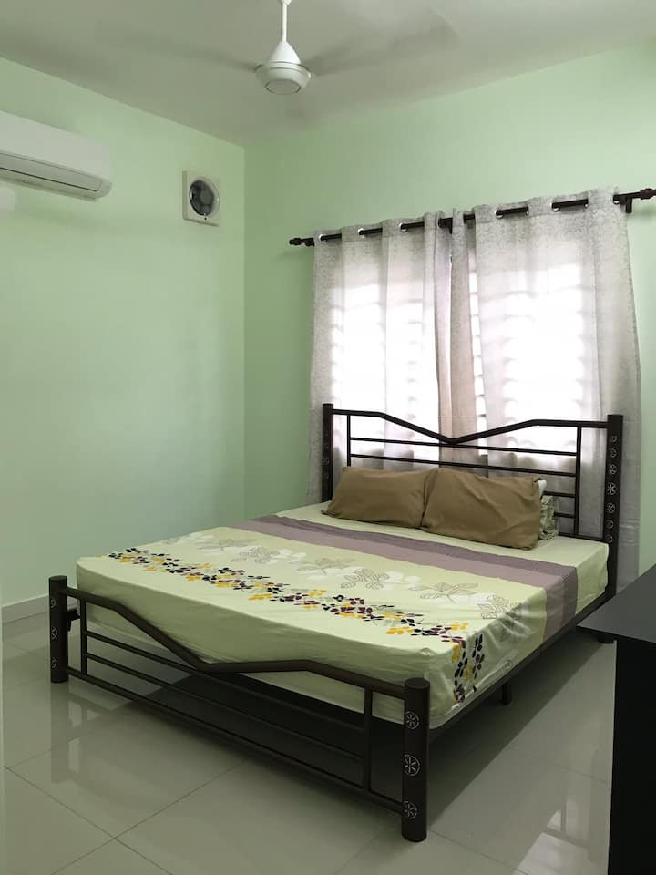 RM30/day BUDGET ROOM3a[FREE WIFI+PRIVATE BATHROOM]