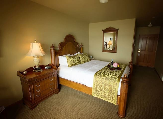 Camano Island Inn, Spa and Bistro