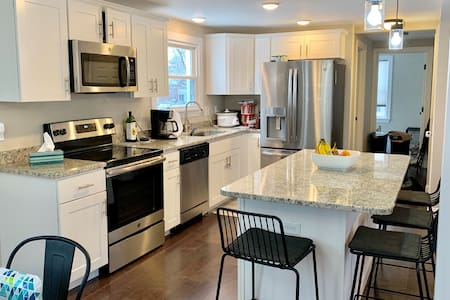 Spacious Family Home - 14 miles from Hershey
