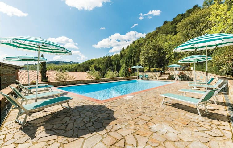Terraced house with 2 bedrooms on 90m² in Gaiole in Chianti SI