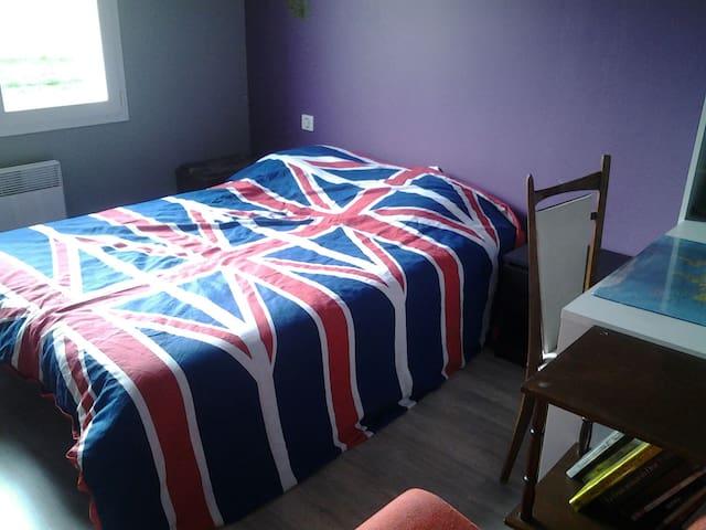 Chambre pour deux personnes - Lisle-sur-Tarn