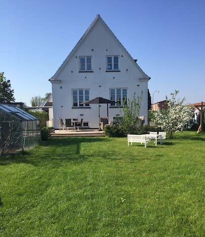 Cozy Holiday room close to Copenhagen! - Hvidovre - Huis