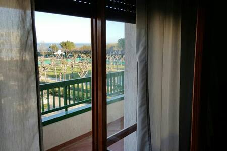 A 100 mt dal mare spazioso appartamento vista mare - Villa Rosa - Appartamento