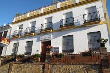 Apartamentos Acantilados de Maro - Málaga
