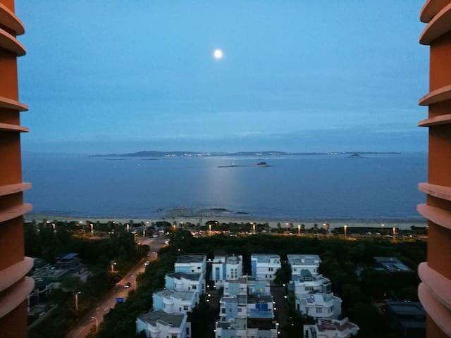 会展中心,面朝大海,阳台品茶,看书上网;商旅.休闲也要有家的舒适和感觉 - Xiamen - Apartment