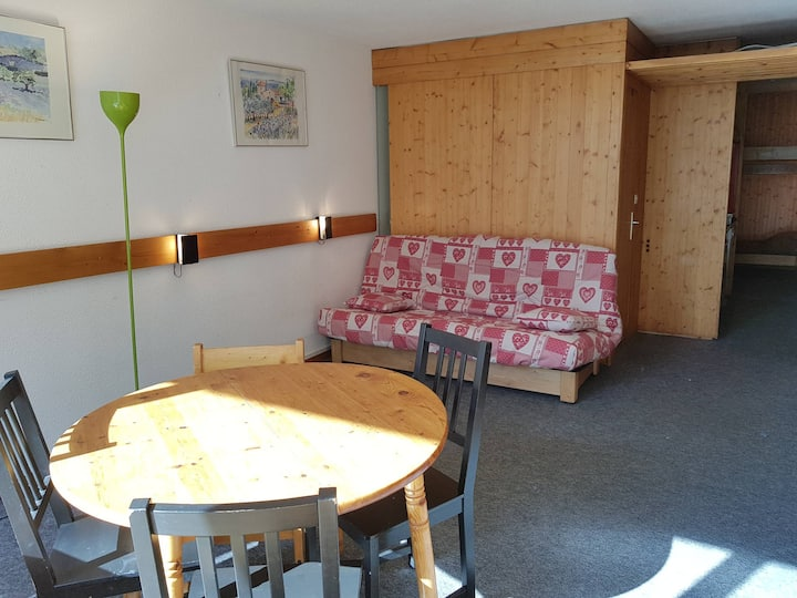 Studio for 5 persons in Arc 1600 next to the slopes and close to shops