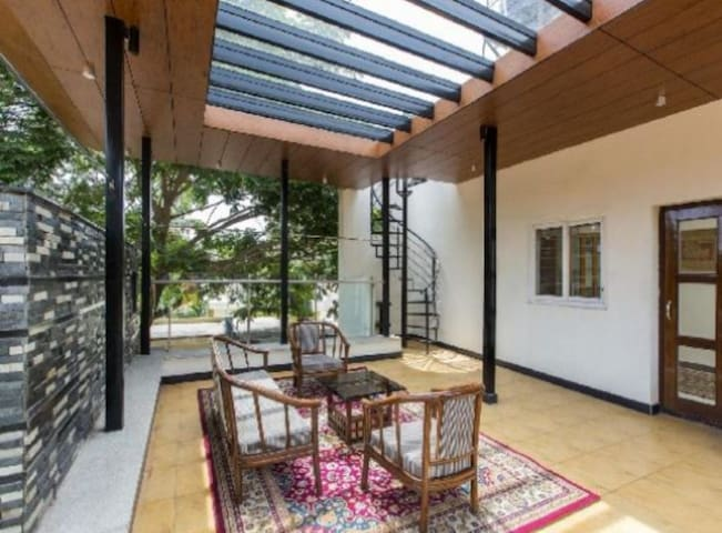 Chalet bungalow with park view and terrace