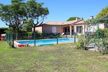 Maison Villa dans le sud de la France, 180 m2 - Lignan-sur-Orb