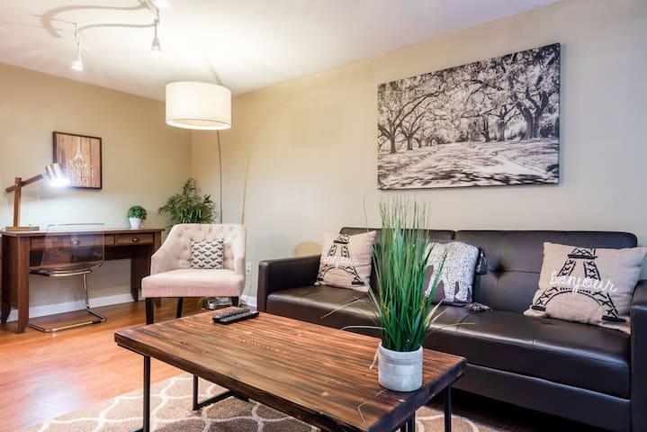 Cozy&Charming OneBedroom in the HeartofMidtown $85