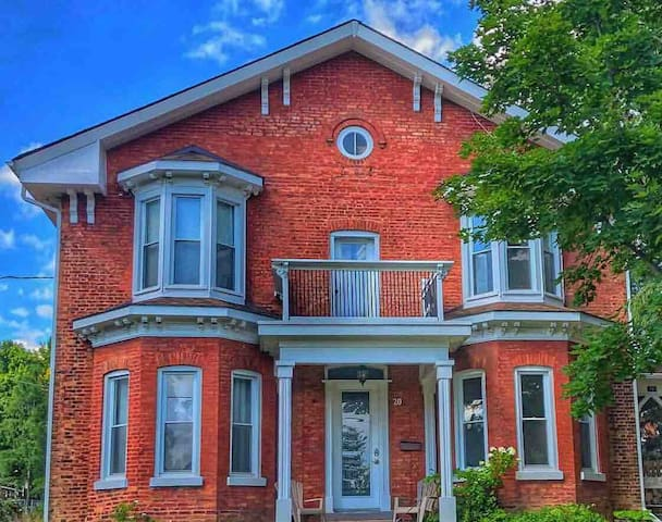 Stylish and Spacious 1850's Character Home