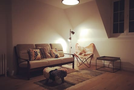 Grade II Listed Loft Apartment in Margate Old Town - 마게이트(Margate)