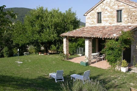Apartment in ancient farmhouse 3 - Arcevia