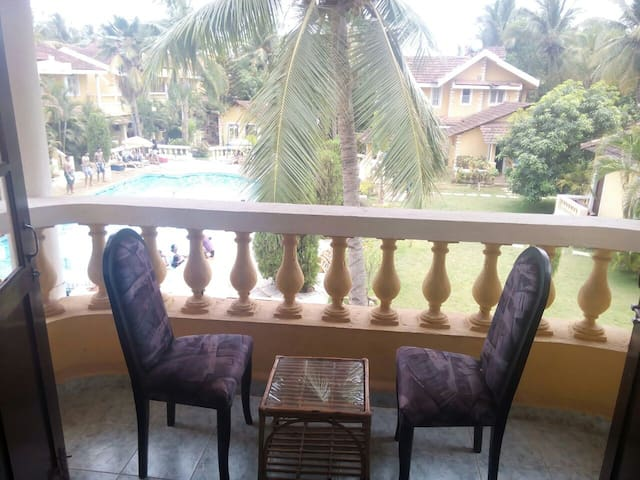 Pool facing 2 BHK @ Velsao - Cansaulim - Daire