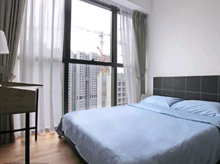 Budgeted 2 br apartment at Common wealth