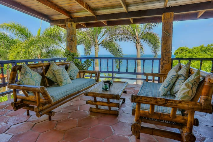 "Villa Beachcliff,   ""The Perfect Island Sanctuary"""