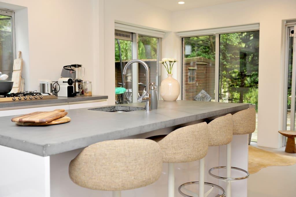 Modern living kitchen
