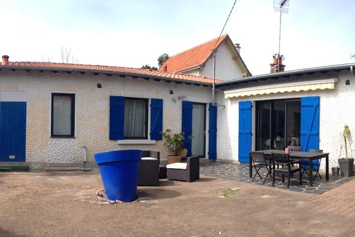 Petite maison au bord de la mer - La Baule-Escoublac - Hus