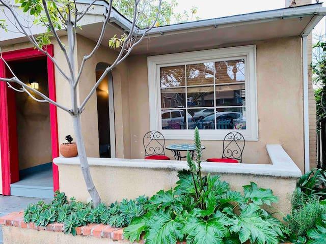 ☀️ Sunny Cottage-Walk to Beach & Downtown La Jolla