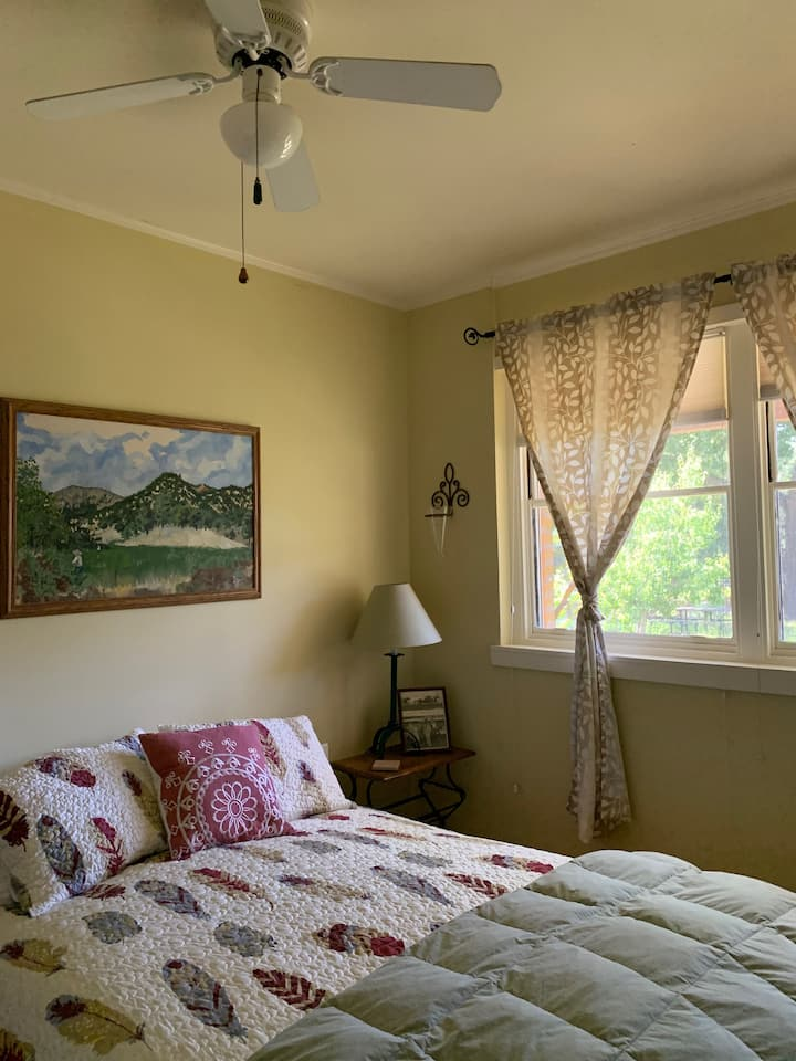 Chiles Valley Room with great view