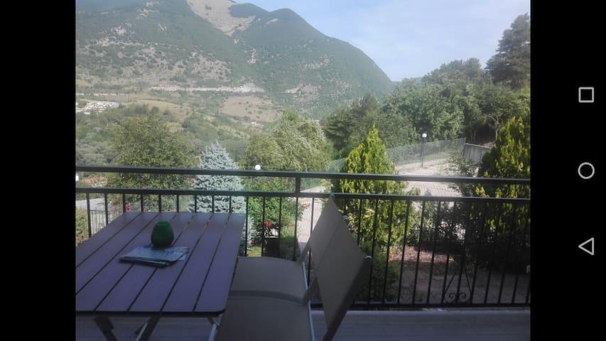 Il Panorama sulla Valle a Castel Di Sangro