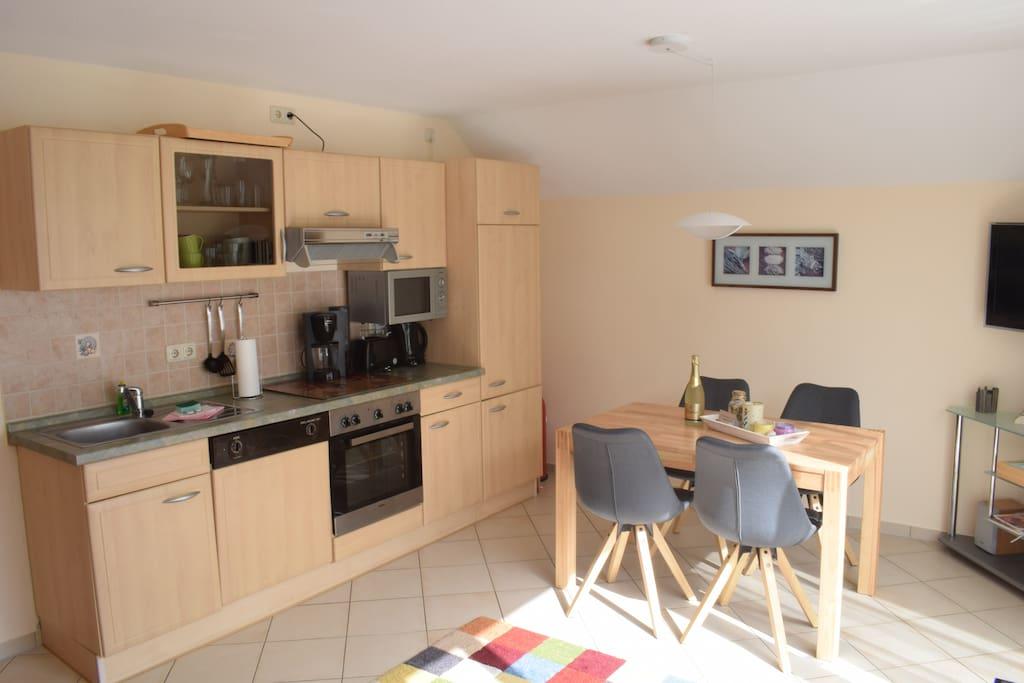 Küche / Essplatz